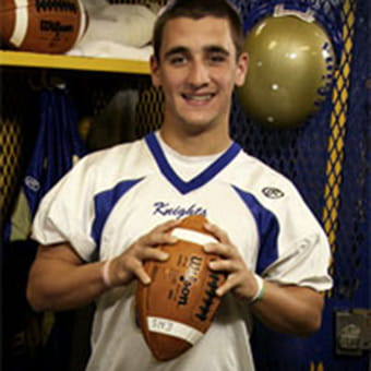 Orthopedics patient story of football player, Jake Burkhalter