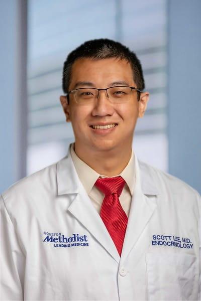 headshot of Dr. Lee Kevin Scott